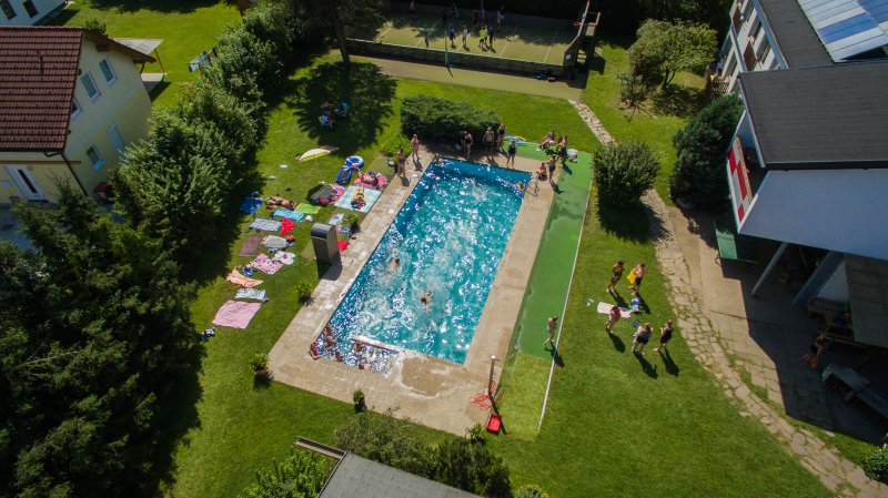 Jugendhotel Egger piscina